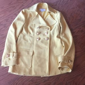 Forever 21 large beautiful light yellow jacket